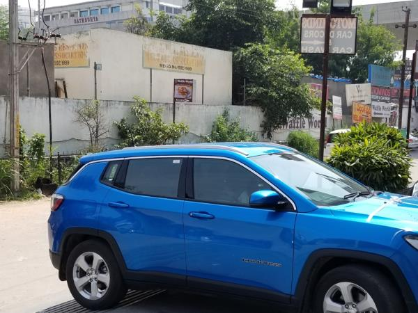 Roof rails for jeep compass available at motominds..