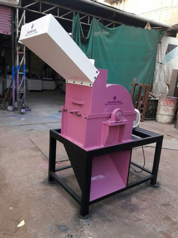We Leading Manufacturer in Ahmedabad, Gujarat, India Crusher Machine