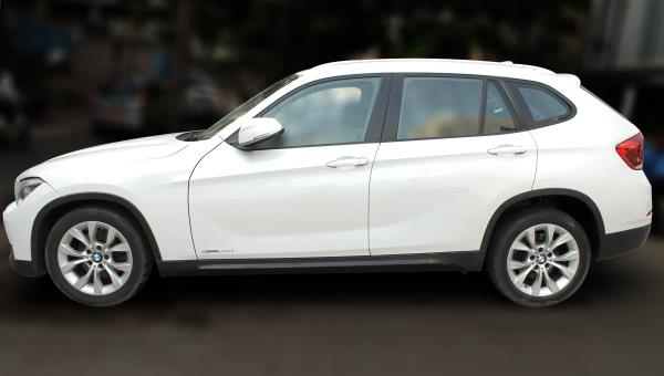 BMW X1 SDRIVE 20D, (MINERAL WHITE METALLIC, DIESEL), 2014 model done only 57, 000kms in absolute mint condition... buy now and get one year service pack from us. For further info call 7569696666