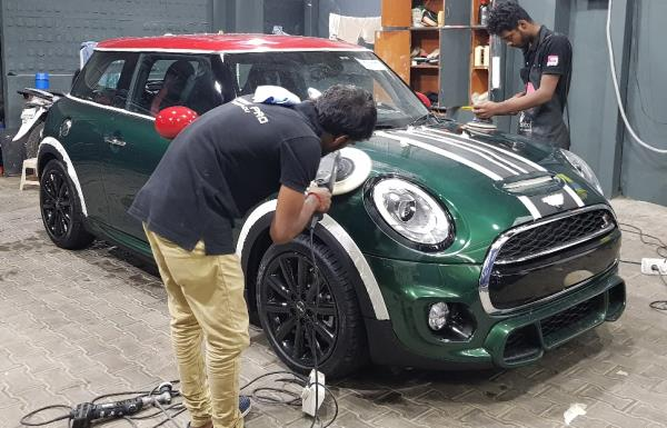 Mini Cooper S undergoing Detailing & Paint correction   Superior Gloss and Shine  Permanent Paint Protection Nano Ceramic Coating Scratch Resistant UV Resistant  Chemical Resistance Ceramic Coating SuperHydrophobic Ceramic Pro Chennai ECR Injambakkam  #ceramicprochennai #ecr #nungambakkam