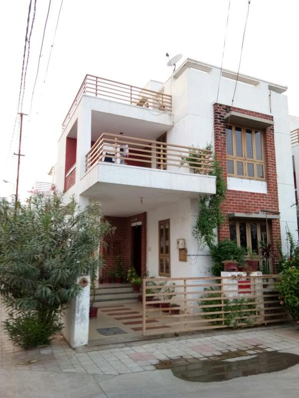 4 BHK Bungalow is Availab