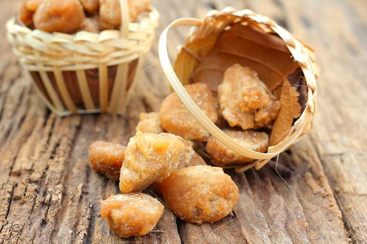 Benefits of Jaggery....  1. Prevents constipation: Jaggery activates the digestive enzymes in the body, stimulates bowel movements and thus helps prevent and relieve constipation.  2. Detoxes the liver: Jaggery helps cleanse the liver by fl - by Weight Loss Hyderabad, Hyderabad
