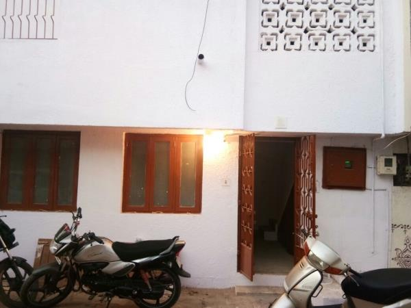 1 BHK House is Available