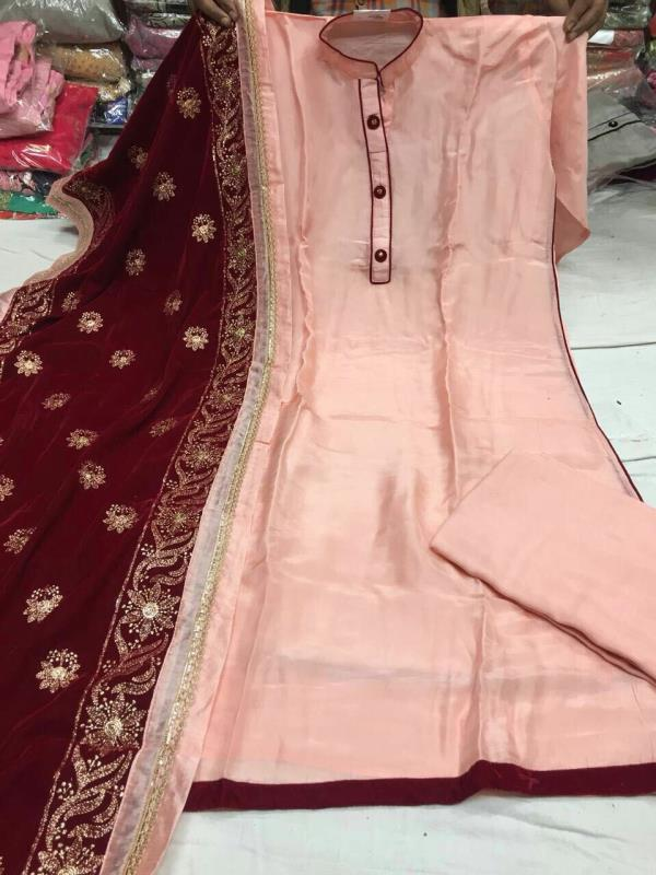 Wholesale price in rajender place  Wholesale price in laxmi Nagar  Wholesale price in chandani Chowak  All type of fabulous dress and Chanderi fabric and jari work and cotton and all this type suit requirements people plz call and WhatsApp this no 9811116698