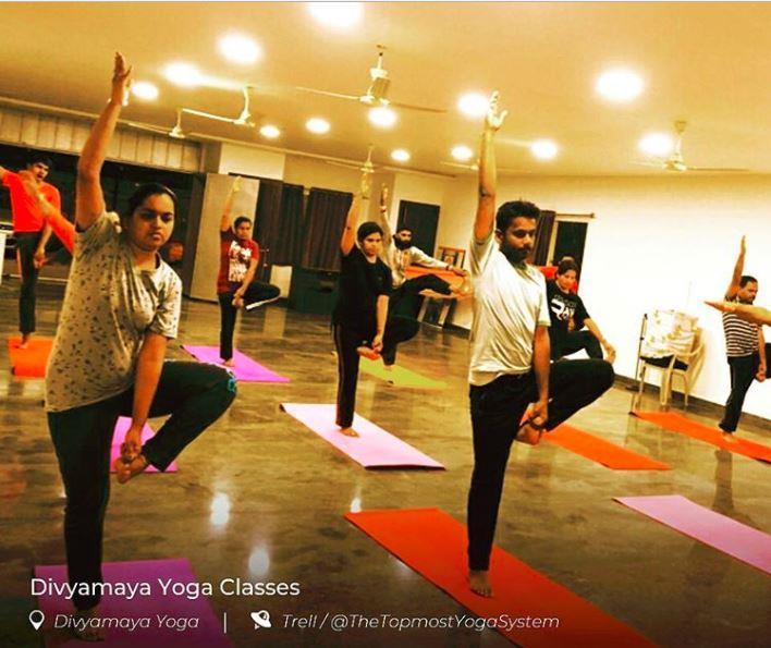 Traditional Hatha Yoga Cl