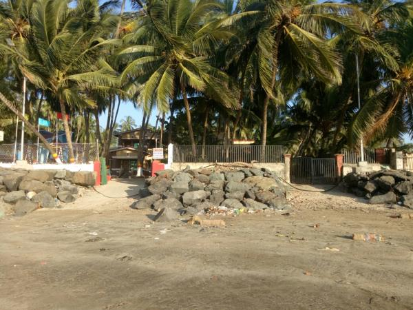 most convenient location on Gorai Beach with entrance form front as well as a rear side.