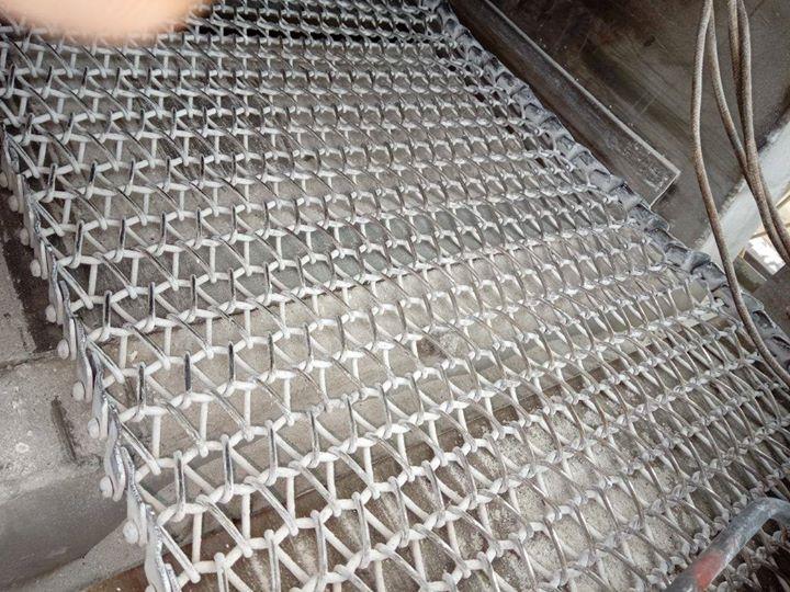 Wire mesh belt  For more info visit us at http://anjaneyabeltings.com/Wire-mesh-belt-/b109