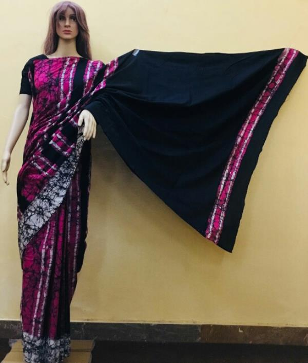 Stripes with solid pallu