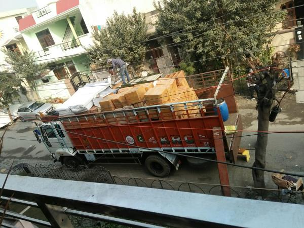 Packers Movers near me shifting household goods call 9876660670.      www.top3india.in/city/ludhiana