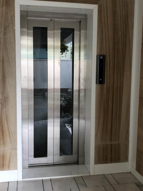 Stainless Steel Glass Auto Door