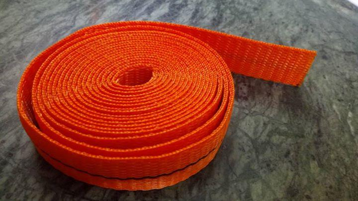 Polyester lifting belt.  For more info visit us at http://anjaneyabeltings.com/Polyester-lifting-belt-/b119