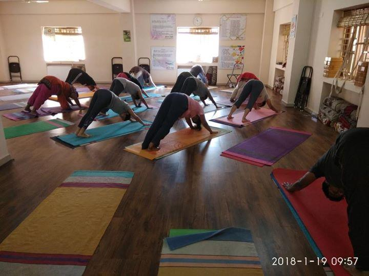 Yoga classes for all ages Yoga studio in Sarjapur road Hathayoga, power yoga, vinyasa yoga Kids Yoga, senior citizen yoga, yoga for back pain, weight loss Pranayama, meditation For more info visit us at http://6amyoga.nowfloats.com/Yoga-classes-for-all-ages-Yoga-studio-in-Sarjapur-road-Hathayoga-power-yoga-vinyasa-yoga-Kids-Yoga-senior-citizen-yoga-y/b1532