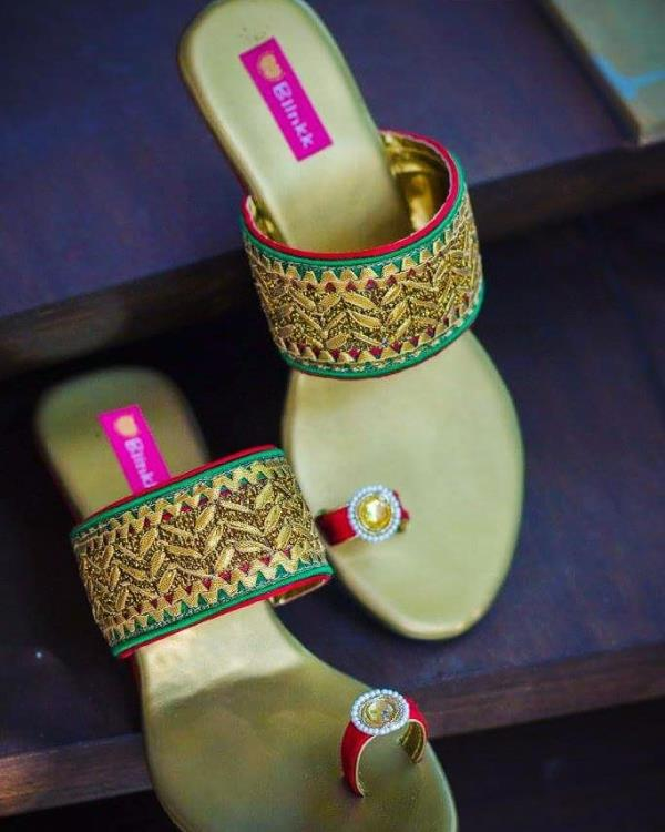 The best seller pair since 2012! Golden gotapatti wedges with a hint of red and green