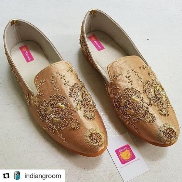 #Repost @indiangroom (@get_repost) ・・・ Mojri- @Blinkkfootwear  Follow @indiangroom for Latest Groom's & Mens fashion for weddings. 👉🏼 Follow @bridemagicindia for bride fashion. . . . #groom #IndianGrooms #MensFashion #Indianmen #IndianWedding #Weddings #RoyalGrooms #RoyalOutfits #Sherwani #Achkan #mensKurta #MensStyle #Indiamenstyle #Turban #Pagdi #India #Delhi #Mumbai #Uk #Usa #Pune #sherwani #Desimen #MensKurte #MensFashion #IndianMan #manstyle #groomjewellery #sherwanistyle