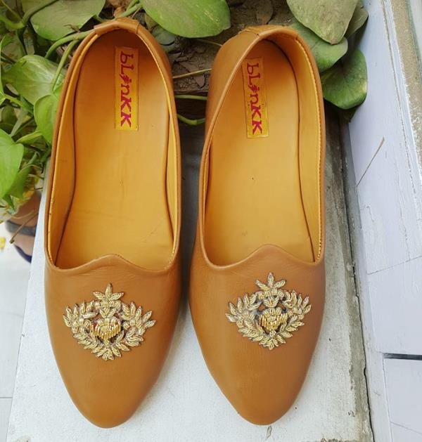 Leather Shoes with Zardosi Motif