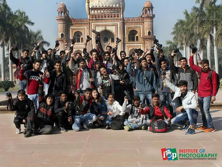 Photowalk at Safdarjung Tomb organized by Institute of Photography in Delhi. Every Wednesday we take students to different locations for out door practicals. Visit our website for more info