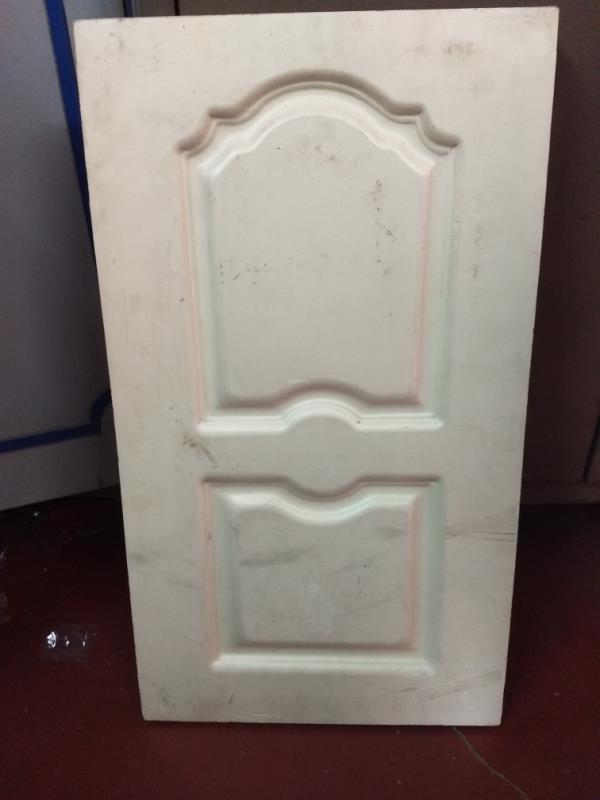 We are the supplier of Rajshri molded door in Kolkata.