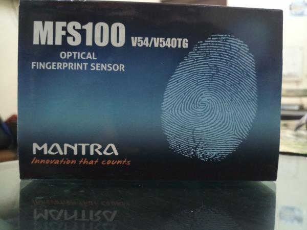 We Offer Mantra Device MFS100 Best Price with RD Service & 1 Year Replacement Warranty for the Product. This Finger Scanner has STQC certification and UIDAI approval and can be used in any Aadhar Linked Application. The device can be used on computer through USB Port with USB connector as well as on Mobile with available Micro USB Connector. Mantra MFS100 Finger Scanner comes in Box Type Packaging which contains user manual, cotton cloth for cleaning and bubble wrapped MFS100 Scanner