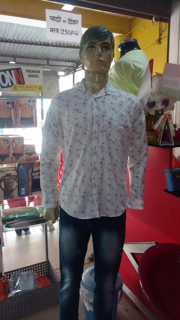 Best men garment store at Campwell road Lucknow.