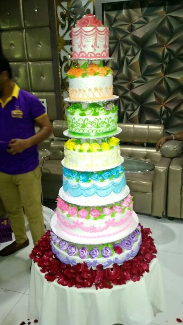 7 tier cake available in all F