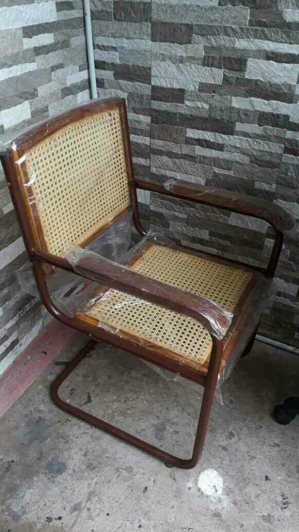 S type cane chair