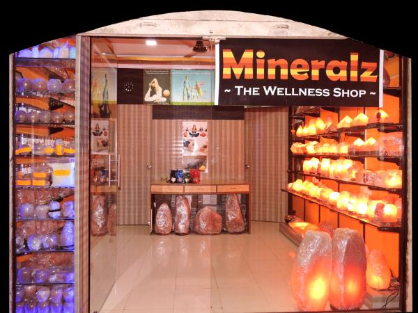 Naturo Healthplus, is a pioneer in bringing the benefits of rock salt to India. Based out of Mumbai (India), we offer Salt Room Projects and wellness products including rocksalt lamps, spa salts, cooking products, pain relief products and more. More details Please visit our site  http://naturohealthplus.com/