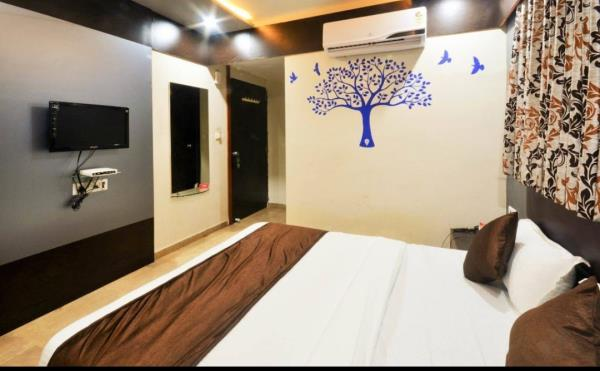 For your better experience  Book hotel near naroda