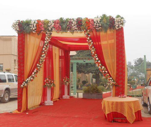 Wedding service wedfish decors in coimbatore india wedding backdrop wedding backdrop in coimbatoreleading service provider of mandap decoration services wedding junglespirit Gallery