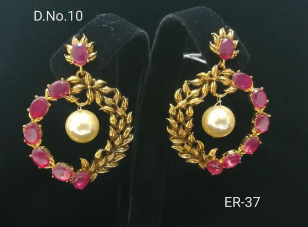 Happy women's day get earings at discount rates