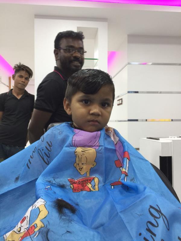 Unisex Salon Spa       Kanishq Unisex Salon Spa offering Kids Hair Cut In Dharmapuri. Unisex Salon Spa In Dharmapuri.