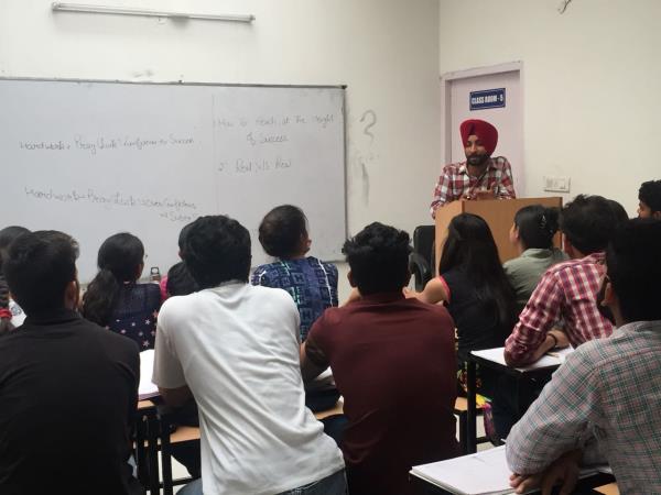 Scholars Hub is a renowne