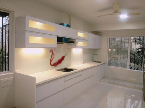 Modular Kitchen In 2mm Back Painted Glass Shutter With J Handle U0026 Warm  Light Inside The