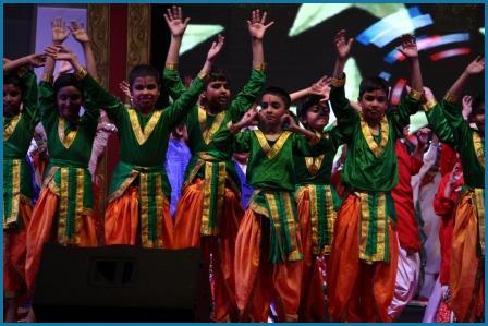 we are a dealer of fancy dresses in uttam nagar and also deals in wholeseller in delhi. fancy dress manufacturer in delhi, fancy dress trader in uttam nagar, fancy dress suppliers in janakpuri, fancy dress trader in delhi, fancy dress suppliers in nawada, fancy dress wholeseller in rohini, fancy dress anufacturer in chandni chowk, fancy dress trader in chawri bazar, fancy dress suppliers in chandni chowk