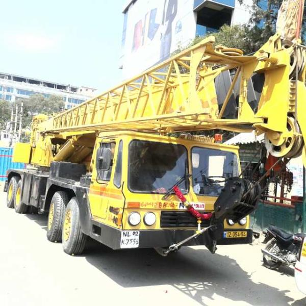 Welcome to  M R CRANE SERVICES, Complete Solution For Any Kind Of Crane Rental Services. M R Crane Service is one of the leading Crane services in bangalore karnataka and south India. We started with one crane in 1995 and this list is increased day-by-day as per demand of our valued customers for different capacity and type and now with 25 hydraulic Cranes, Mobile Cranes, telescopic cranes, mechanical cranes, crawler cranes, truck mounted cranes, hydras cranes, Escort cranes, F-15 Cranes, forklifts, lattice boom truck cranes, excavator, Boom Truck Cranes, Boom Lift Cranes, Man lift cranes, cherry picker cranes, trailers odc Trailer, Lifts & Escalators Trailers & Trolleys, For all types of hoisting, construction, erection and material handling services, of different size and capacity. We can execute any type of complicated, simple or delicate job of loading, unloading, shifting, erection and transportation, assigned to us.