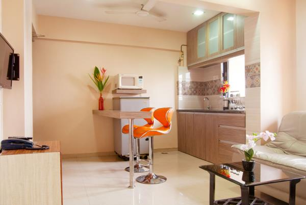 One of our bright & sunny, 1 bedroom apartments with kitchen
