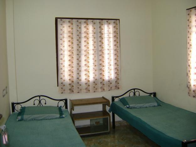 Accommodation for working men and male students is now available at Shree Durga Boys PG in Gurgaon. We provide delicious food (meals for 3 times/day), free WiFi, mink blankets with new pillows, dustbin in every room, regular housecleaning, laundry washing machines, RO drinking water, 24-hour power backup, 24-hour security with CCTV cameras and many more facilities.