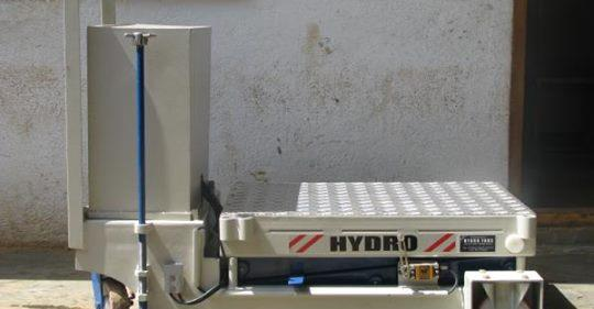 At Hydro Fabs, we manufacture trolleys which are r completely customizable as per the customers specifications.  Strict procedures and testing process are being followed to ensure high quality for all our products. We have a wide range of Trolleys to suit all customer requirements. The trolleys we manufacture can Lift weights from 50 Kgs to 2000 Kgs and they can be manufactured in any material (M.S, S.S, Aluminium etc.)  Application:  Loading/Unloading. Working Platform. Shifting goods to different floors. Automation of manufacturing process. Transporting heavy equipment from one point to another. Outfeeds of material for stacking and palletizing. Transferring material, at machine height & conveyor processing. Positioning work for assembly, maintenance & processing.  Features:  Safe, highly durable and low maintenance Consume less than 50% of electric energy compared to conventional lifts Best records in safety & servicing cost Built-in electromechanical door interlocks, lever type switches, and spring buffers.
