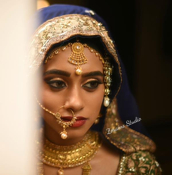 Weekend Bridal Makeup Course the ocean of beauty industry is so big thus the demands for more professional makeup artist increasing day by day. Learn basics bridal makeup techniques and skills to give gorgeous look to the brides on their wedding Day.  Join this course at Zorains Studio, Kormangala, Bangalore.