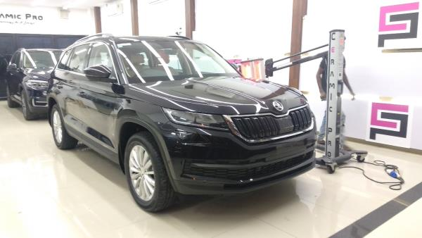 Skoda kodiaq  protected with Ceramic Pro® The world's leading Nanoceramic coating.  For More Info: Call us : 9500877273 | 9790901962 | 9003111248. Mail us : chennai@ceramicpro.co.in  Ceramic Pro 9H is ain't typical sealant/wax available in the market. It's based on Ceramic Nanotechnology with advanced Ko R& D. Thus, not all the coating system are created equal and to be benchmark with Ceramic Pro®  Ceramic Pro offers: ●Super Hydrophobic Effect ●Weather & UV Resistance ●Thermal Resistance (up to 1200°C) ●Scratch Resistance (Above 9H) ●Anti-Graffiti ●Advanced Chemical Resistance ●Oxidation & Corrosion Resistant ●High Gloss Finish ●Self-cleaning Effect ●Chemical Resistance ●Prevents Water Spotting  #best #luxurycars #Original #9H #Permanent #protection #cars #sgs #glasscoatings #veelog #ecr #tamilnadu #India #carporn #sgscertified #ceramicproindia #chennai #worldno1 #superhydrophobic #ceramiccoating #rarecars #veelog