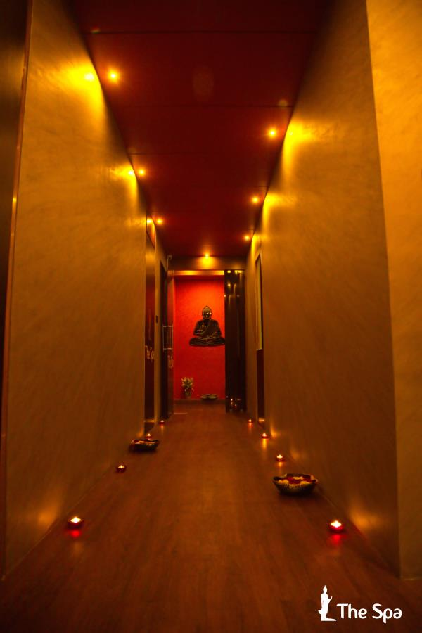 THE SPA IN NIKOL It;s a good idea always to do something relaxing before making an important decision in your life.  BACK THERAPY ( 30 MIN) Rs. 999 Give a break to the stressed part of your body with rejuvenating back massage, shorter version of massage, it helps to relive tension and promote deep relaxation in the tissues and muscles .  OUR KEYWORD Spa In Nikol Ahmedabad Body Spa In Bapunagar Ahmedabad Body Massage Center In Narol Ahmedabad Best Spa In Vastral Ahmedabad Thai Spa In Nikol Ahmedabad Thai Massage In Near SP Ringroad Ahmedabad Spa in nikol ahmedabad