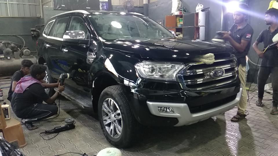 Ford Endeavour   Get Coat