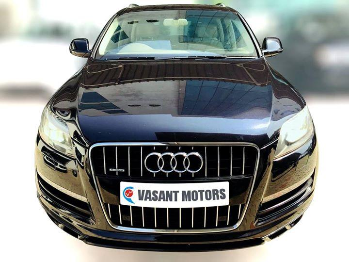 #AUDI #Q7 4.2 TDI (ORCA BLACK COLOR, DIESEL) 2010 model done only 82, 000km in absolute mint condition...buy now and get one year #service pack from us. For further info call 7569696666. Visit us @ www.vasantmotors.in