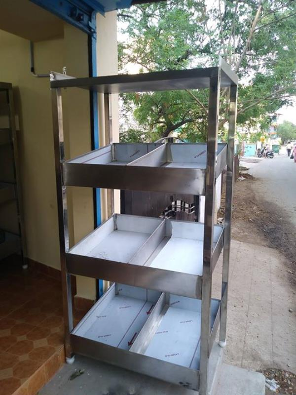 SS Vegetable Storage Rack For Supermarkets, Vegetable Shops, Central Kitchens, Commercial Kitchen Equipment Manufacturer In Chennai