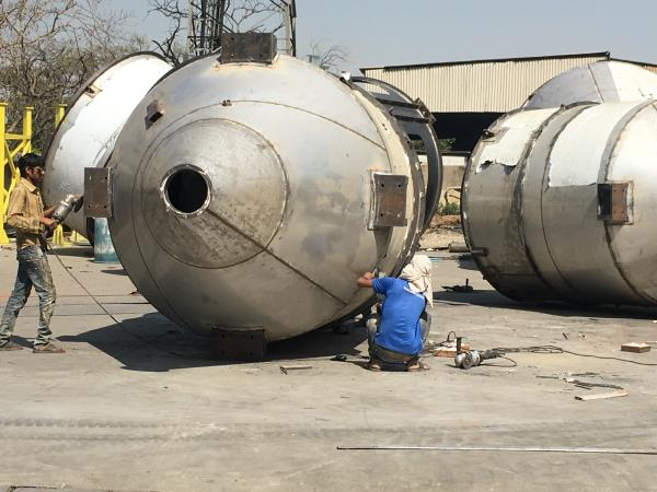 Virkrupa Engineers is a Leading Fabricator company of Gujarat For  SS Fabrication Storage Tank Silo Fabrication MS Tank fabrication Chemical Tank fabrication Stainless Steel Silo Fabrication Storage Silo Fabrication Screw Conveyor fabrication Heavy structure Fabrication Heavy tank Fabriocation.  We serve our Valuable clients across India ,  For more details mail us : virkrupaengineer@gmail.com  call us : 9824496028