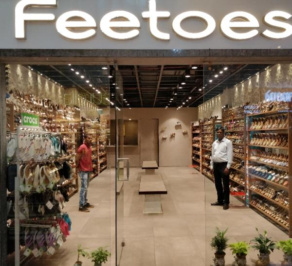 Feetoes shoes ladies wear shop no. UG 10 at Mega Mall best Mall in Golf course & MG road Gurgaon.