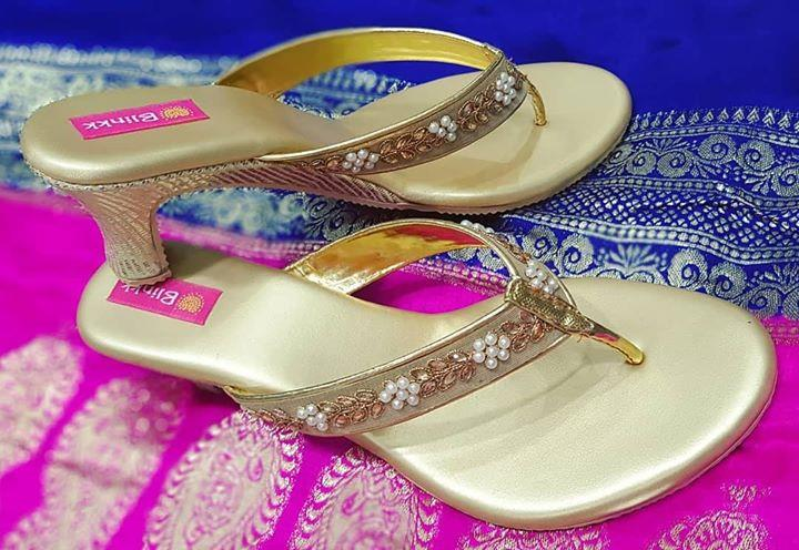 Gold kundan and pearl work box heels