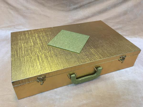 Empty Saree Boxes   We are leading manufacturer, supplier and wholesaler of Empty Saree Boxes in Delhi