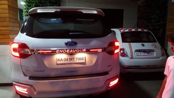 Ford endeavour light