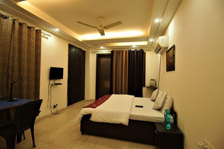 Best service apartments in South Delhi service apartments near Saket Mall 1 BHK service apartment near Max hospital Saket . For more info visit us at http://namasteyhomes.in/Best-service-apartments-in-South-Delhi-service-apartments-near-Saket-Mall-1-BHK-service-apartment-near-Max-hospital-Sake/u169?utm_source=facebookpage