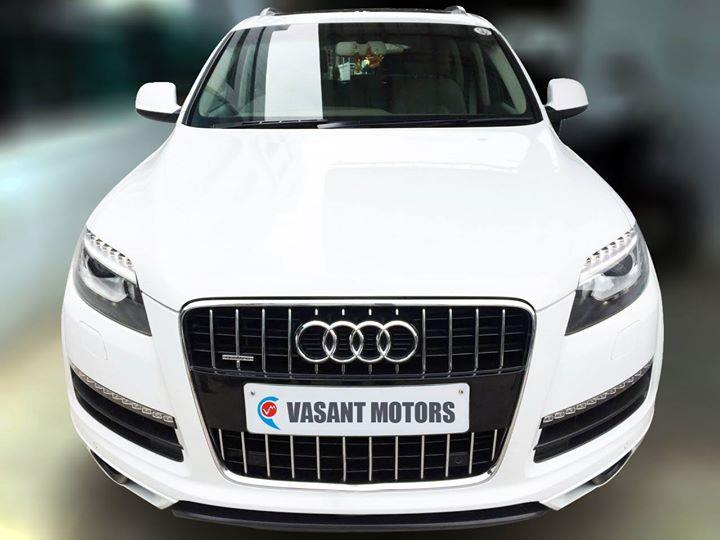 #AUDI #Q7 3.0 TDI ( WHITE COLOR, DIESEL), 2012 model done only 88, 000km in absolute mint condition... buy now and get one year #service pack from us. For further info call 7569696666. visit us @ www.vasantmotors.in